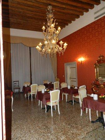 Locanda Barbarigo: sala piccola colazione