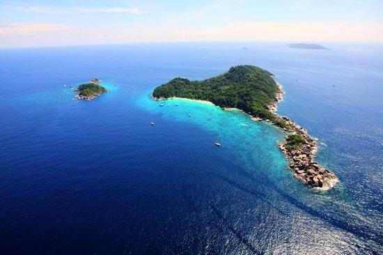 Honeymoon Bay - Similan #4 - Picture of Similan Islands National Park, Simila...