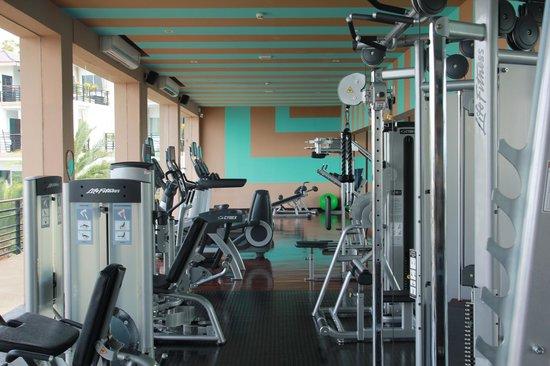 Mantra Samui Resort:                   Фитнес                 