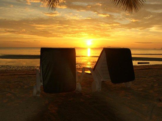 The Passage Samui Villas & Resort:                   Пляж