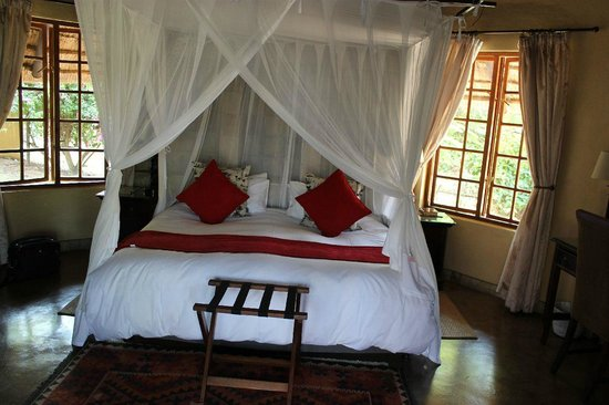 Elephant Plains Game Lodge: Blick ins Zimmer
