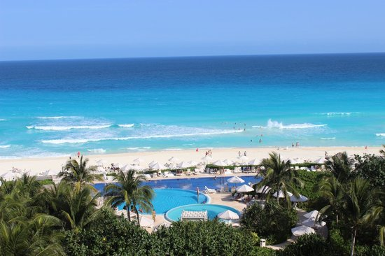 Live Aqua Cancun All Inclusive:                   Vista do meu quarto!!!!