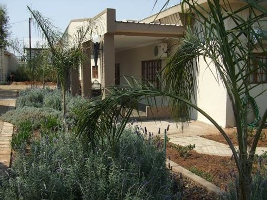 Allianto boutique hotel spa upington south africa for Leading small hotels