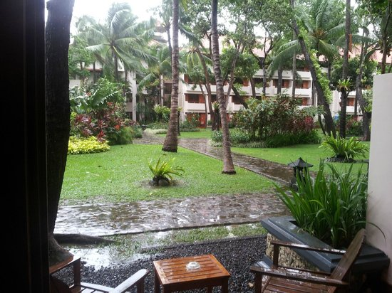 Ramada Bintang Bali Resort:                   Facing Garden