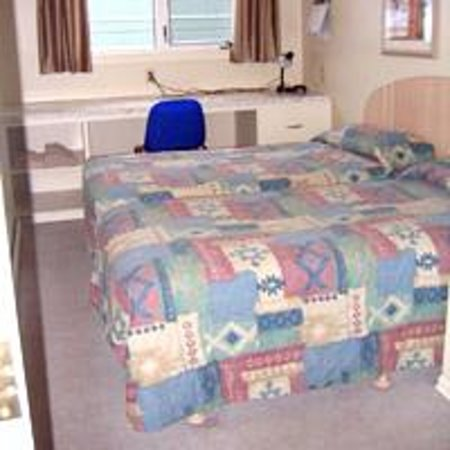 Laura's Lodge: Another Twin Room