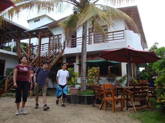 Hotel San Vicente Galapagos: Backyard