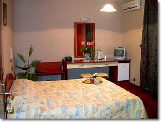 Hotel Rai-90