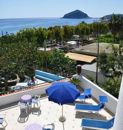 Hotel Maronti: Solarium