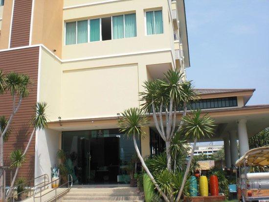 Smile Hua - Hin Resort:                   Ingresso hotel