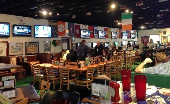 Photo of American Restaurant Coach's Corner at 3016 E Victory Dr, Savannah, GA 31404, United States