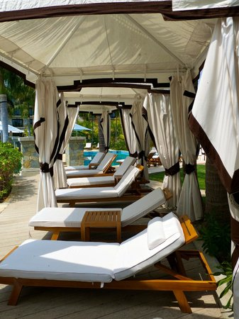 JW Marriott Panama Golf & Beach Resort:                   Plenty of cabanas