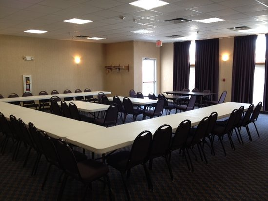 Holiday Inn Express Maryville : Conference room