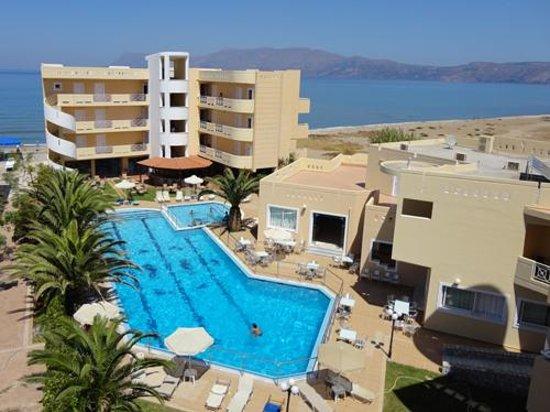 Sunny Bay Hotel: Sunny Bay pool View