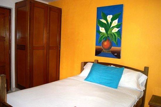 HC Liri Hotel: Habitación 9 (Doble. Cama matrimonial )