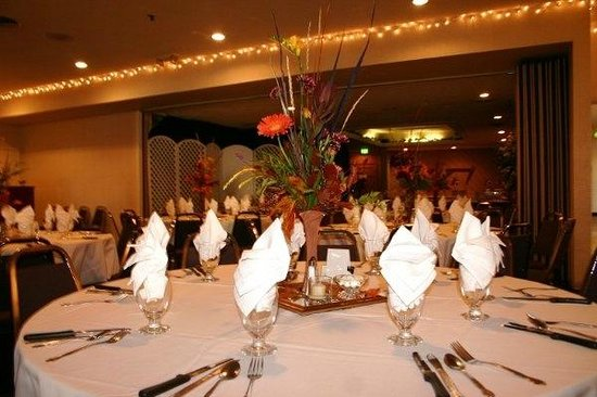 Clarion Inn: Great space for weddings