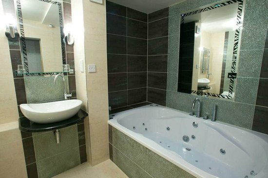 Greenvale Hotel: One of our bathrooms