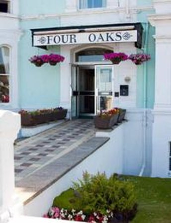 Four Oaks Hotel Photo