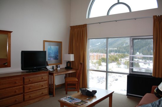 Inn at Keystone:                   nice big windows