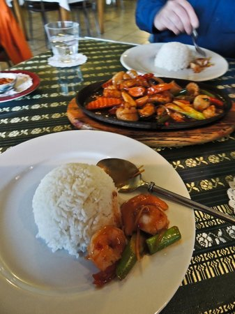 Wild Rice Thai Cuisine :                                     Note: scallops often come with roe attached throughout NZ.