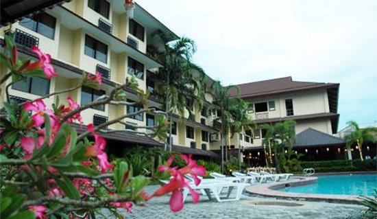 Photo of Microtel Inn & Suites Calapan, Oriental Mindoro