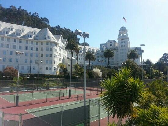 Claremont Club & Spa, A Fairmont Hotel:                   Another view