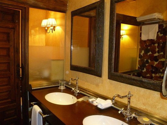 Castillo de Somaen: baño