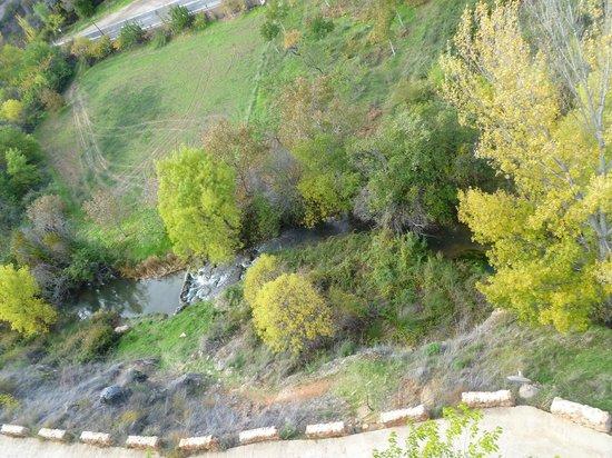 Castillo de Somaen: Desde la balconada del área de piscina