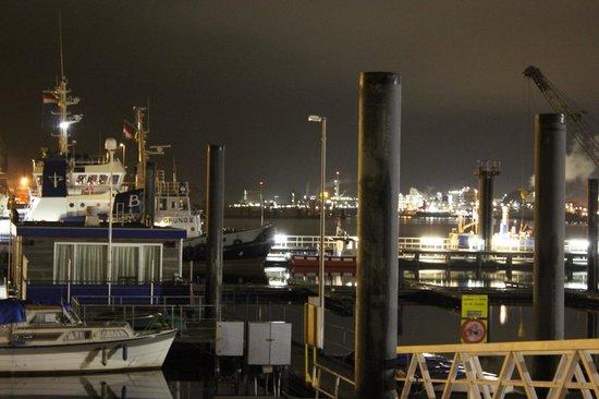 Hotel de Boegschroef: Blick auf den Hafen