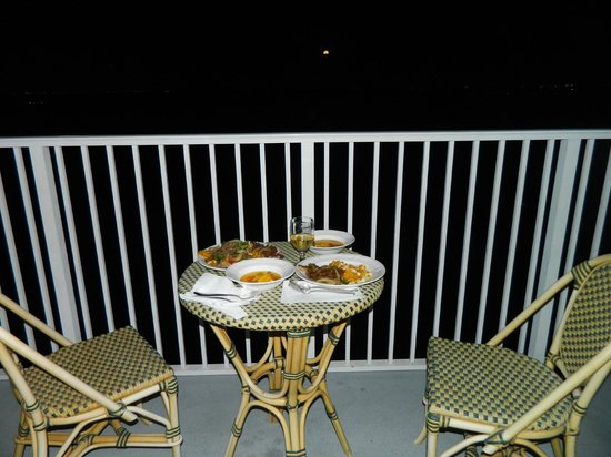 Blue Heron Beach Resort:                   Moonlit dinner - too dark to see the lake
