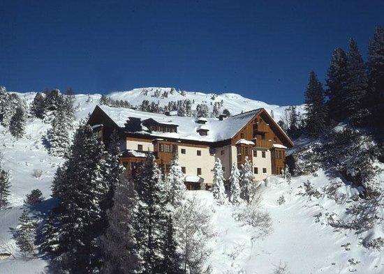 Apartmenthotel Zirbenhof