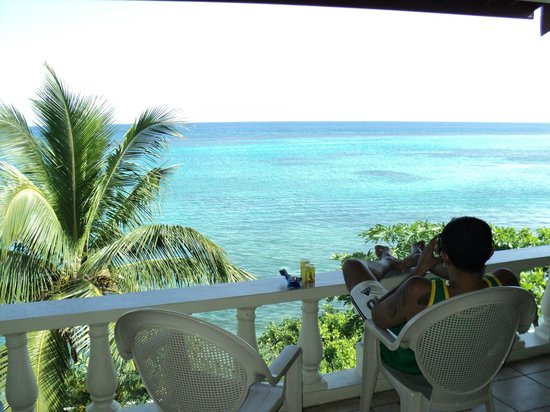 Silver Seas Resort Hotel :                   vistas del balcon