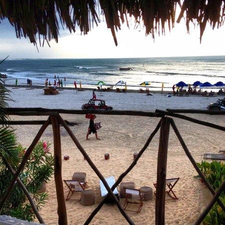 Casa na Praia:                   Vista da Suíte Areia