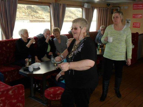 Donegal, Irlandia: Dancing the cruise away