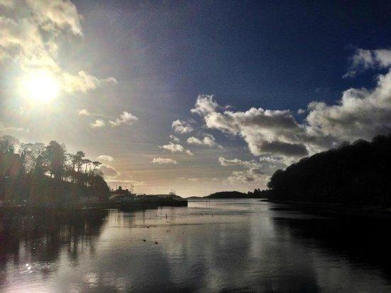 โดเนกัล, ไอร์แลนด์: Still waters on Donegal Bay