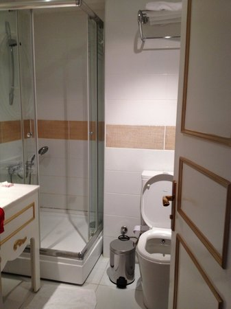 Galata Suite Home: bathroom