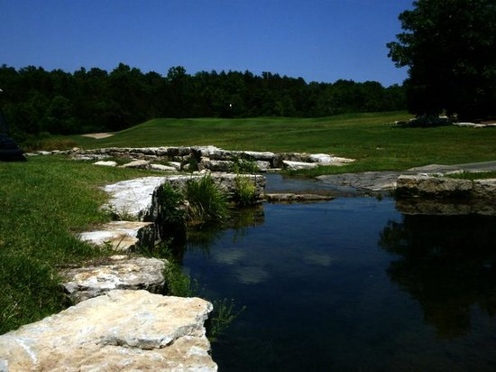 John Daly's Murder Rock Golf Club: Aviod the water hazards
