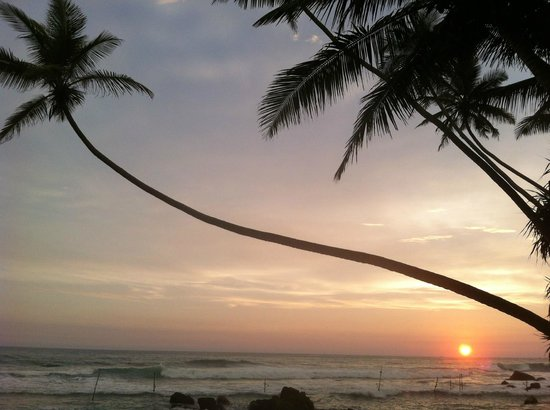 Sri Gemunu Beach Resort:                   Abendstimmung