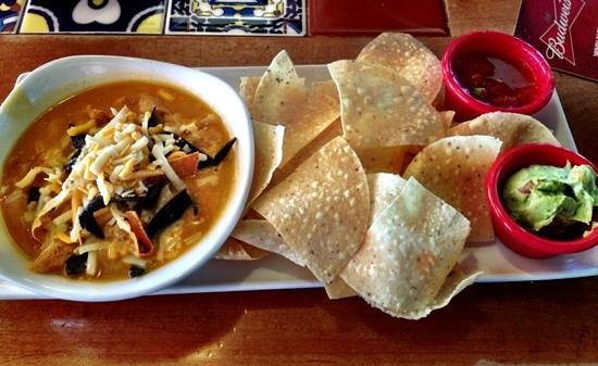 Chili's Texas Grill Westgate : Bottomless lunch is a steal of a deal