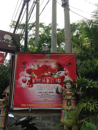 advertising valentine's day outside piduh restaurant