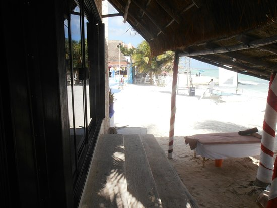 Hotel Mimi del Mar:                   Ingång till hotellet