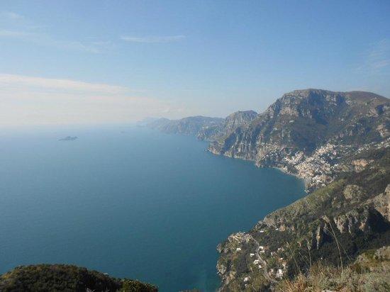 Agerola, İtalya: Veduta verso Capri dal Sentiero degli Dei
