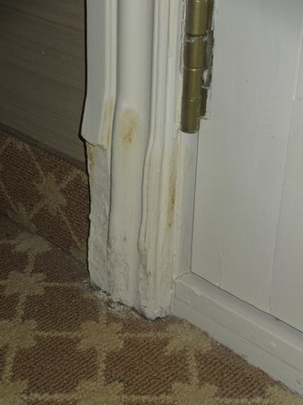 JW Marriott Las Vegas Resort & Spa:                   Damaged door frame