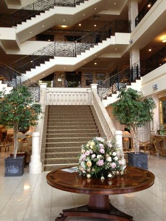 The Heritage Killenard:                   Hotel lobby