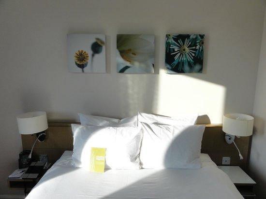 Hilton Garden Inn Bristol City Centre: bed