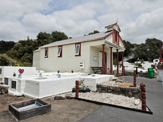 Whakarewarewa - The Living Maori Village: church and above-ground cemetery