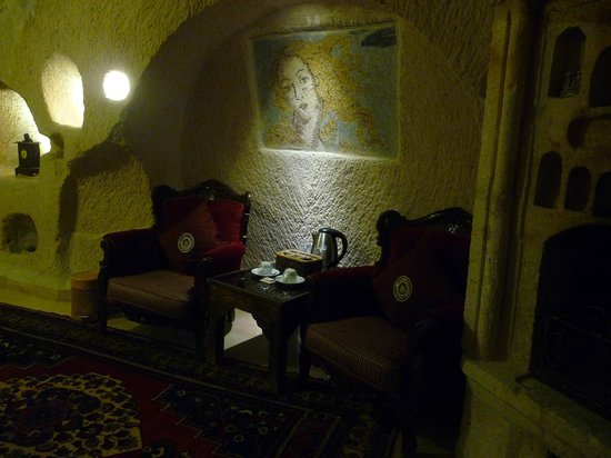 Gamirasu Cave Hotel: Sitting Area - Room 19