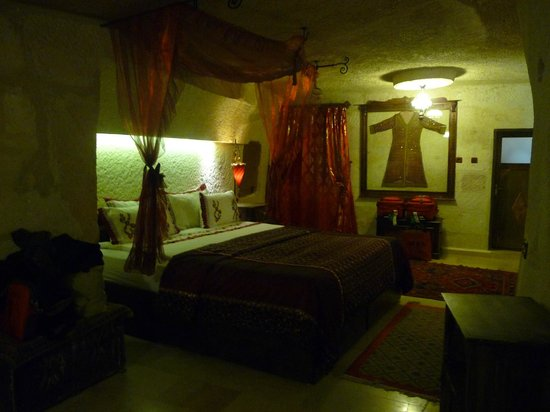 Gamirasu Cave Hotel: Bedroom - Room 19