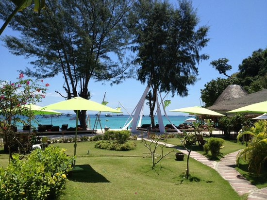 Mama Beach Residence: hotel grounds