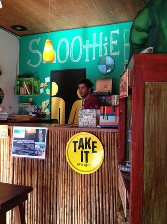Simon Says Smoothie Bar :                   There's not much more