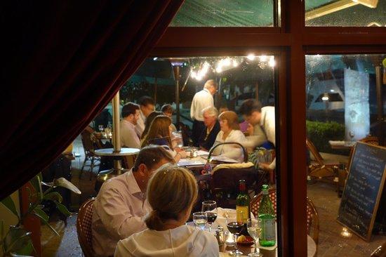 Cafe Des Artistes : Outdoor Dining